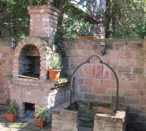 A  kerti sütő is készülhet téglából