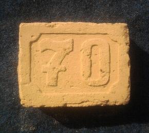 70-es házszám